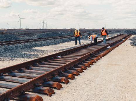 The Benefits of Steel in Railroad Construction